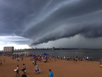 Alertan sobre lluvias intensas y ráfagas de vientos para este viernes