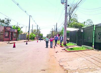 Obras paradas por deuda municipal
