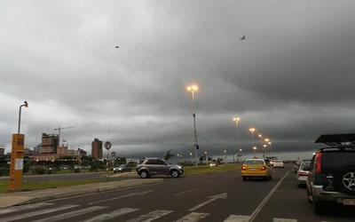 Anuncian fin de semana con lluvias y tormentas