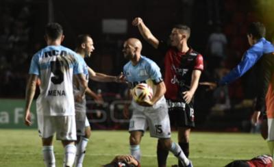 HOY / Racing empató con Colón y la lucha por el título quedó abierta