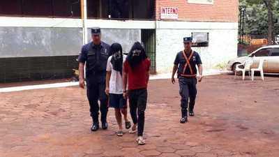 Detienen a dúo de ladrones luego de ingresar a una casa para robar