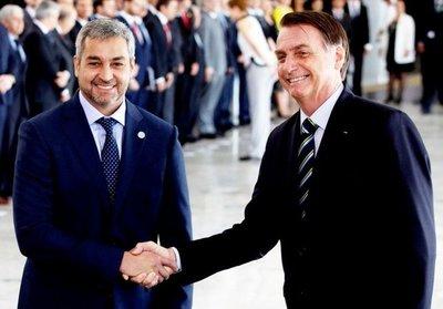 """Bolsonaro reitera que no dará """"refugio a bandidos"""""""