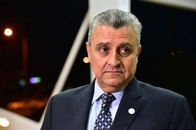 Defienden reunión del Presidente con José Ortiz