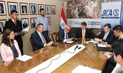 Gobierno fima convenio con organismo internacional para desarrollo agrícola