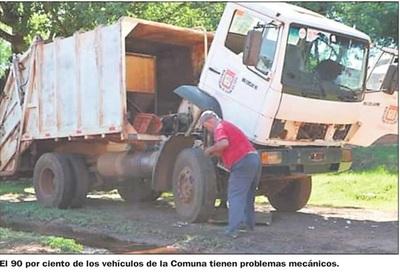 Aprueban llamado a licitación para reparar  vehículos de la Comuna