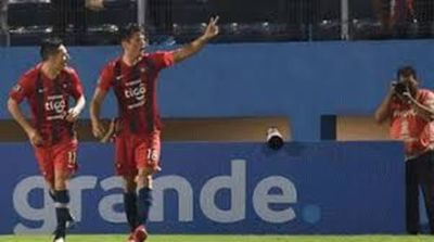 Cerro gana y lidera grupo E en Copa Libertadores