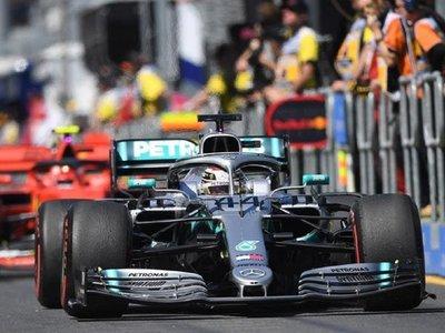 """Hamilton: """"El coche no es tan distinto al del año pasado"""""""