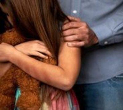 Hombre abusó de su hijastra y su amiguita de 9 años