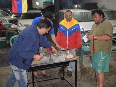 Asaditos con toque venezolano en Oviedo