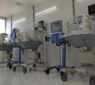 Los bebés se mueren por carencia de 300 camas de terapia intensiva