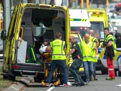 Un extremista ataca dos mezquitas y mata a 49 personas en Nueva Zelanda