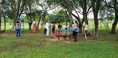 Emprendedoras de Atyra conocen proyecto de agricultura familiar