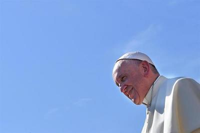 El papa quiere visitar Sudán del Sur para alentar el proceso de paz