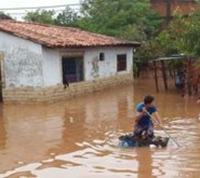 Más de 500 personas fueron rescatadas tras inundación en Limpio