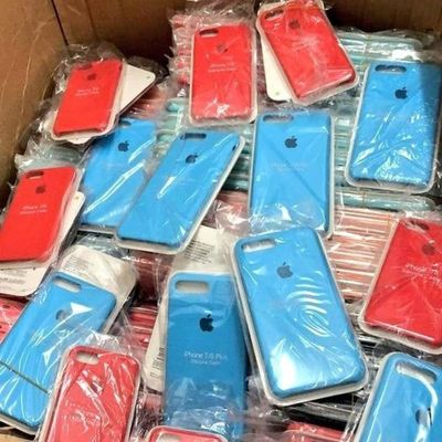 Ciudad del Este: Tras allanamiento, confiscan accesorios para celulares por 600 millones de guaraníes