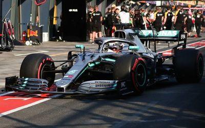 Hamilton y Mercedes se hacen con la 1ª pole del año