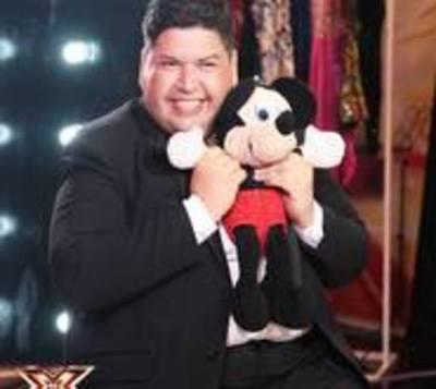 Paraguayo deslumbra en programa de talentos en Bolivia