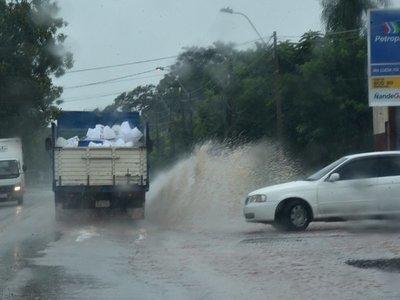 Persistirán lluvias y tormentas en varios puntos del país