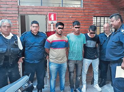 DOS PARAGUAYOS TOMARON 21 REHENES EN VIOLENTO ROBO A UN COLECTIVO