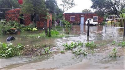 Presidente verificó asistencia a los damnificados por lluvias