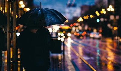 Para hoy y mañana lluvias y tormentas eléctricas