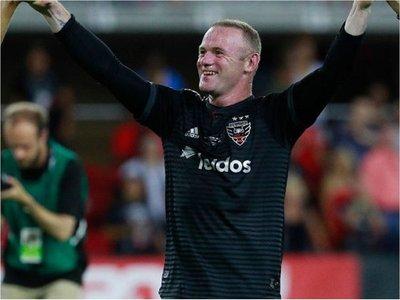 Primer triplete de Rooney en la MLS