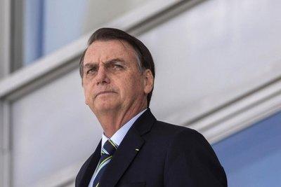 Bolsonaro parte rumbo a EE.UU. para reforzar alianza con Trump