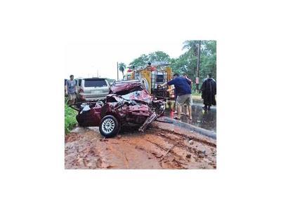 Dos muertos en un accidente en Limpio