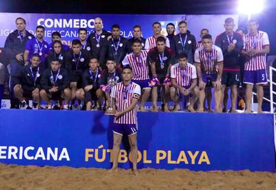 Paraguay se queda con el segundo puesto continental en Fútbol Playa