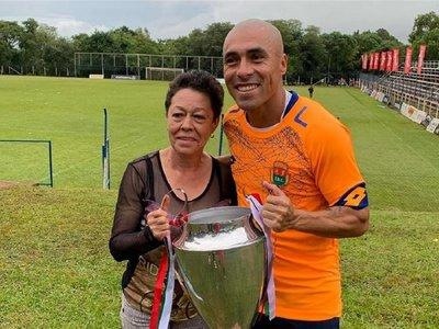 Marín sigue haciendo historia en el fútbol paraguayo