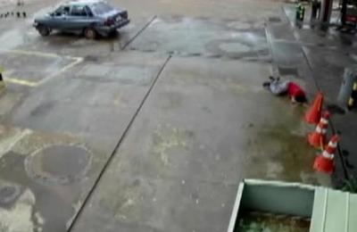 Playero herido tras ser arrastrado por un vehículo en J.A Saldívar