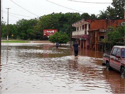 Más de 3.600 familias fueron afectadas por intensas lluvias