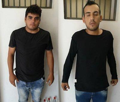 Dos hombres detenidos con celular robado