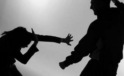 Sexagenario procesado por agresiones a su esposa e hija menor