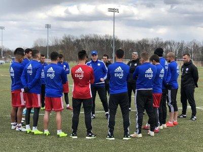 La Albirroja perfila el equipo para el amistoso ante Perú