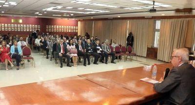 Realizan Conferencia Magistral sobre Argumentación Jurídica
