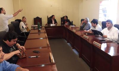 Presentan a auditores quienes analizarán administración municipal – Prensa 5