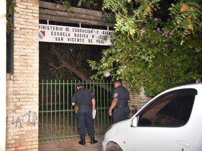 Policía detiene a tres hombres que asaltaron escuela de Tablada