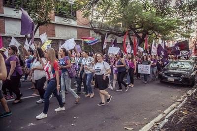 Mujeres marcharán exigiendo igualdad de oportunidades