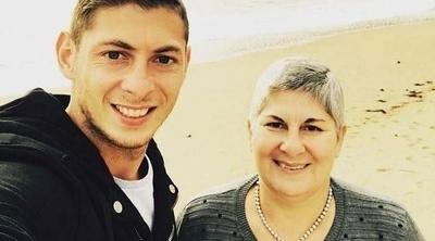 HOY / La madre de Emiliano Sala exige que se aclare el accidente de su hijo