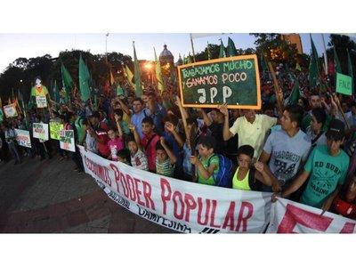 """FNC pide """"abandonar a politiqueros y no apoyar a ningún candidato"""""""