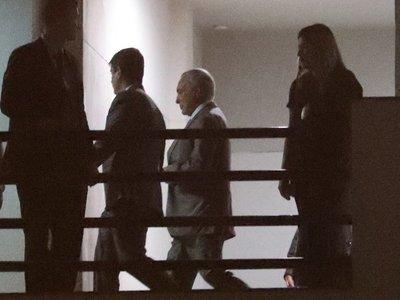 Temer pasó su primera noche en prisión y aguarda ser interrogado