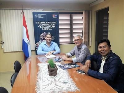 Coordinan trabajos para seguir capacitando en el Chaco Paraguayo