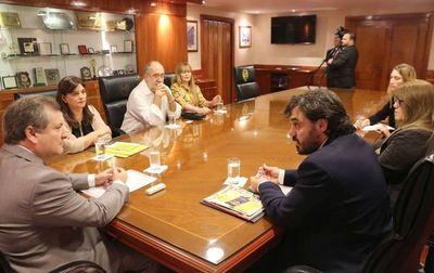 Titular de la Corte Suprema de Justicia  se reunió con miembros del MNP