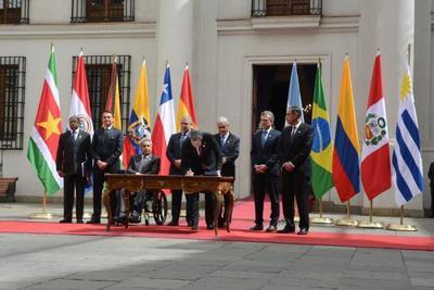Jefe de Estado suscribió Declaración que funda nuevo bloque para América del Sur