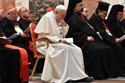 El Papa acepta la renuncia del arzobispo Ezzati, imputado por encubrimiento