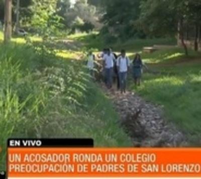 Pervertido muestra partes íntimas a estudiantes en San Lorenzo