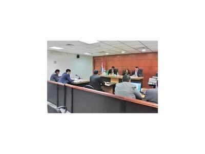 Testigo dice que dio 5 autos y dinero como coima al ex fiscal Rubén Villalba
