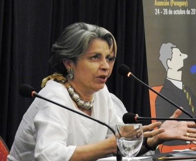 """""""Manifestantes"""" atacaron la casa de la historiadora Milda Rivarola"""