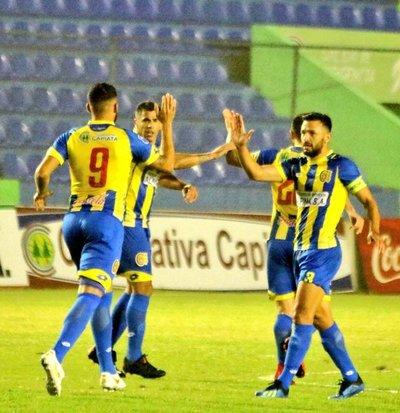 Capiatá y Deportivo Santaní cierran la fecha 12 del Apertura